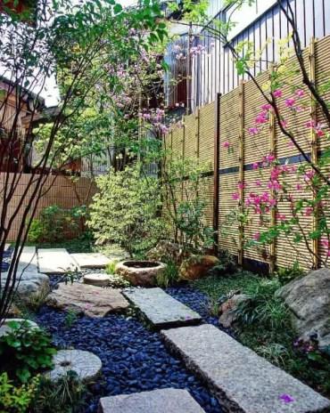 Bamboo-fence-cool-backyard-ideas