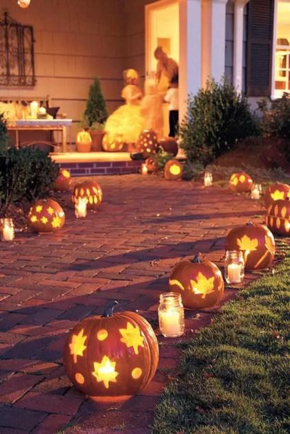 Beautiful-diy-outdoor-pumkin-lights-for-halloween-1