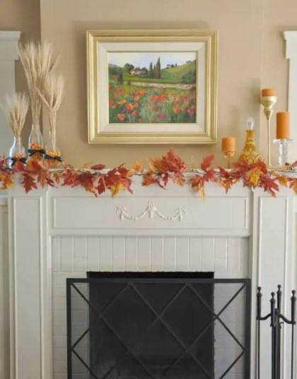 Beautiful-fall-mantel-decor-ideas-32-554x711-2