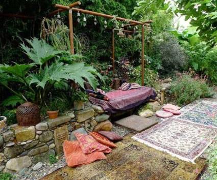 Build-garden-bohemian-style-2