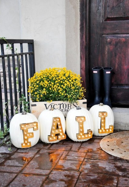 Diy-marquee-letters-and-signs-for-fall-and-fall-holidays-1