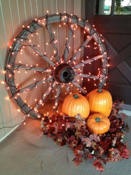 Fall-porch-lighting-with-string-lights