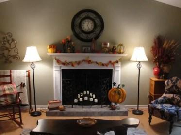 Mantel-fall-thanksgiving04