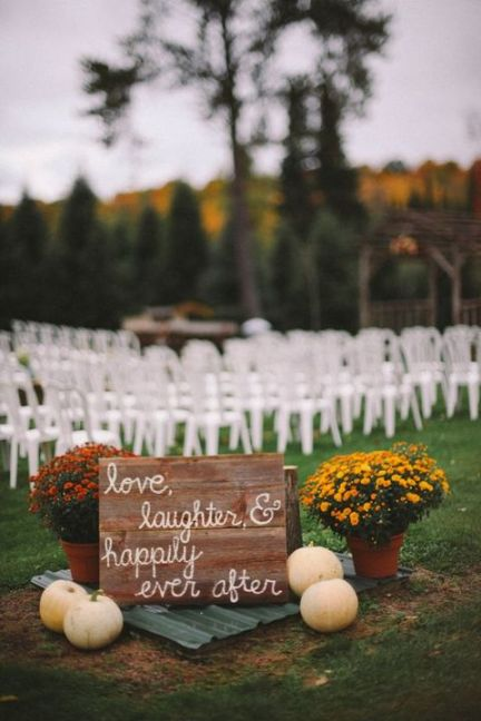 Outdoor_fall_wedding_tips_11