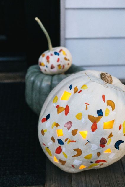Painted-terrazzo-carved-pumpkin-1560526673