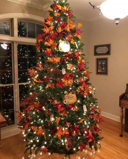 Thanksgiving-christmas-tree-12