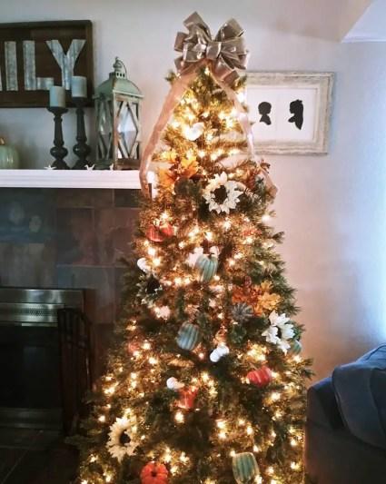 Thanksgiving-christmas-tree-2