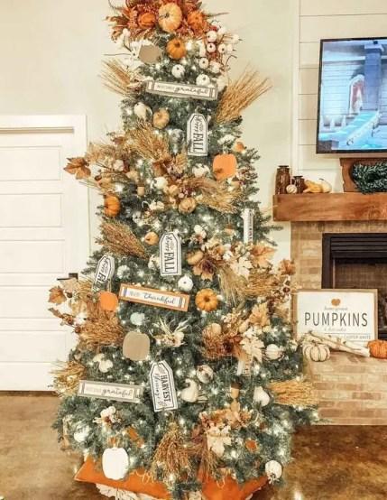 Thanksgiving-tree-123214799_166142848513406_4646598684109788303_n
