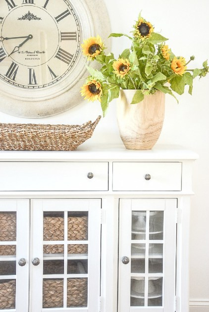 1-1000-faux-sunflowers-in-a-wooden-vase-copy