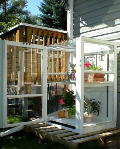 11-diy-green-house-ideas-homebnc