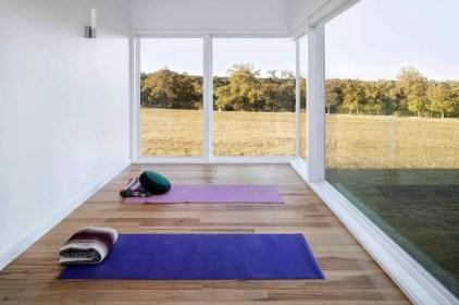 Amazing-yoga-studio-ideas-04-1-kindesign