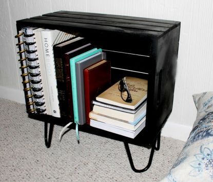 Easy-to-make-small-bookshelf