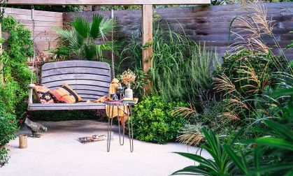 Smart-modern-rustic-landscape-with-a-swing-seat-and-ample-greenery-95405