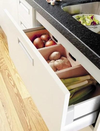 Kitchen-drawer-herbs