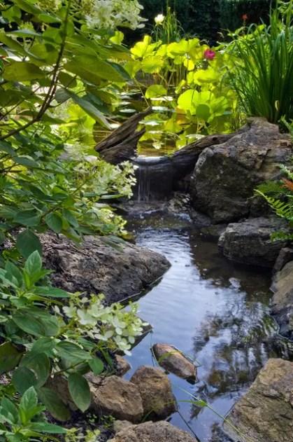 Entspannende-Hinterhof-und-Garten-Wasserfälle-26