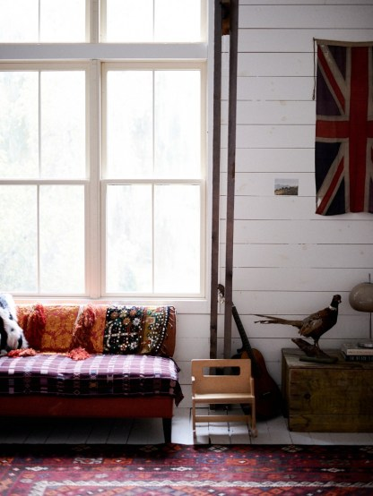 Sofa-slip-cover-blankets-domino-2