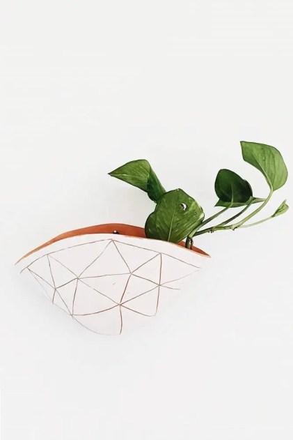 Wand-Pflanzgefäße-Keramik-Handarbeit-bemalt