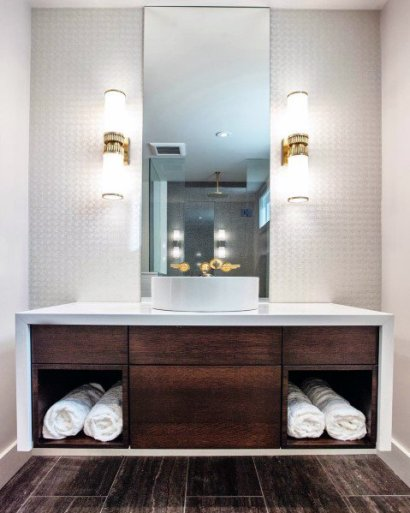 Wall-sconce-gold-with-white-led-sleek-bathroom-lighting-ideas