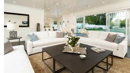10-living-room-sofa-ideas-meridith-baer-home-la-living-room2