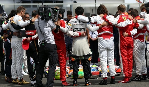 F1 drivers formed circle before start of Hungarian GP 2015 to pay tribute to Jules Bianchi.