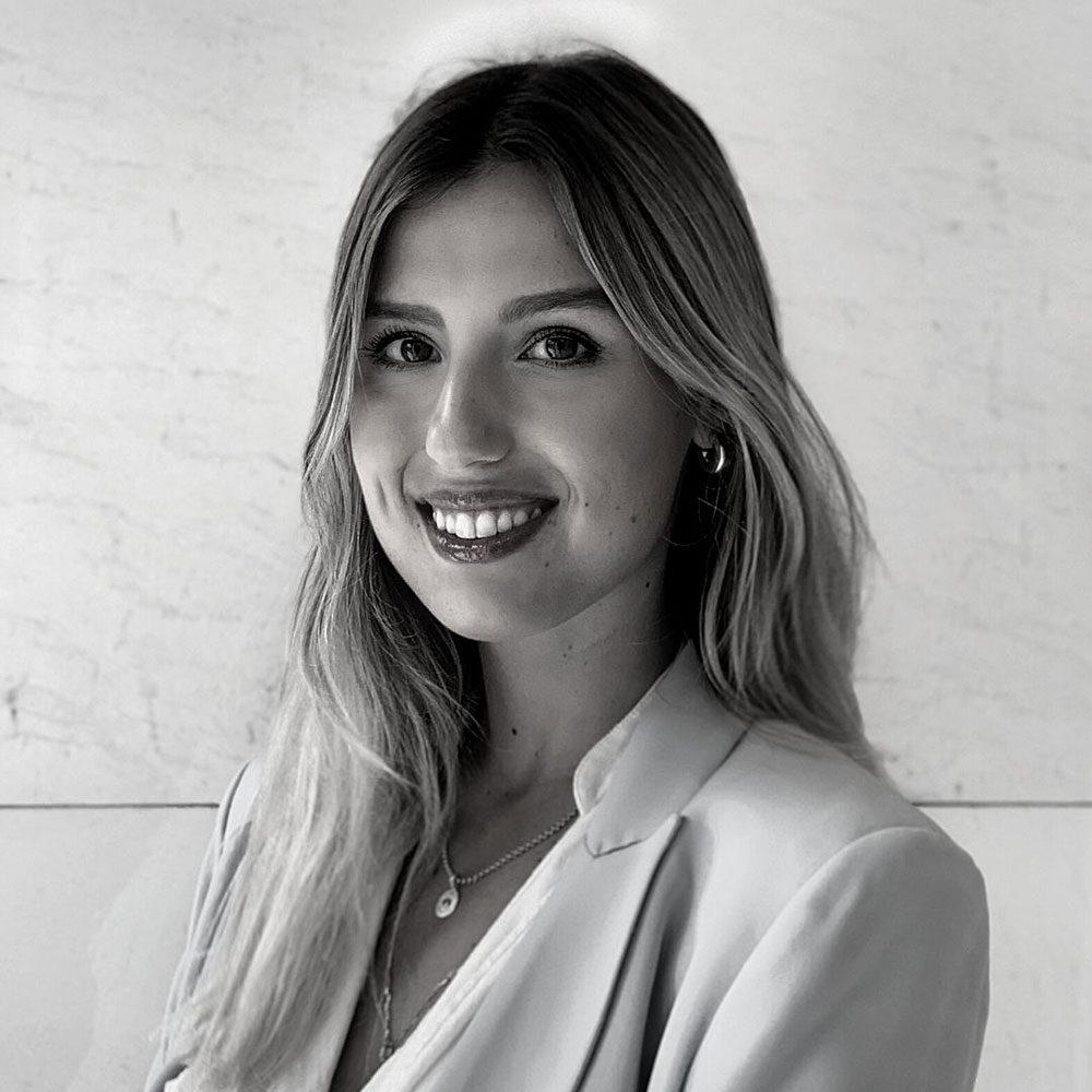 Julia Tarrats, Digital Marketing Specialist