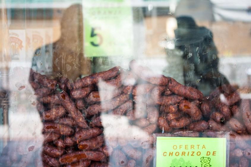 Chorizos en escaparate, Ávila. © mateoht 1990-2013 - http://lafotodeldia.net