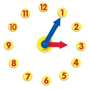 Set de activitati cu ceas 8