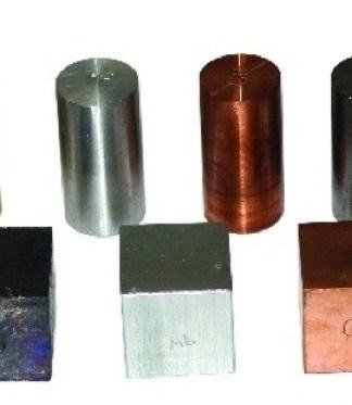 Corpuri de volume egale si mase diferite