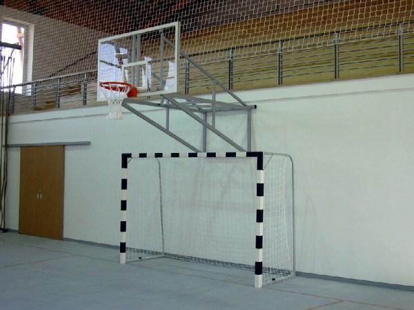 Poarta handbal lemn fixare pe teren 4