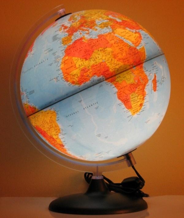 Glob geografic pamantesc iluminat 6