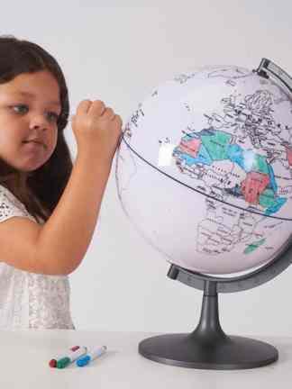 Glob cu harta in contur