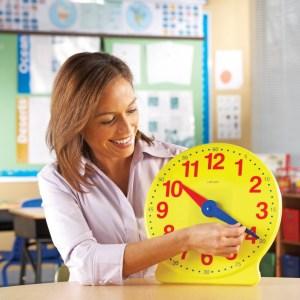 Set ceasuri pentru clasa 8