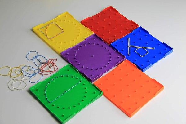 Table universale pentru figuri geometrice plane 4