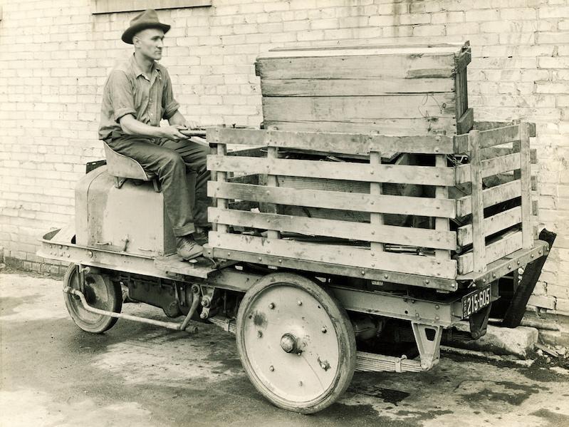 clark trucktractor forklift 1917
