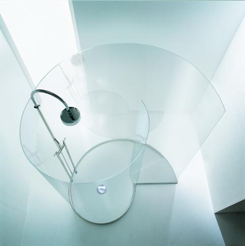 """alt=""""doccia-freestanding-centro-stanza-tutto-vetro-chiocciola-agape"""""""