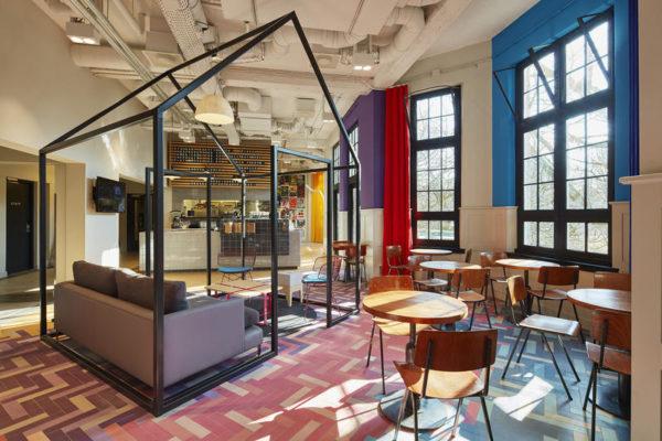 "alt=""ostellidesign-hostel-generator-designagency-Amsterdam"""
