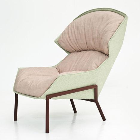"alt=""tendenze-arredamento-donne-design-clarissa-hood-armchair-patricia-urquiola-moroso"""