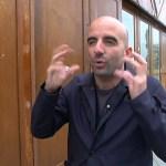 COP 21 : Un étrange pavillon en matériaux de «réemploi» ouvre à Paris – CNEWS