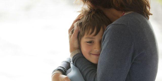 abraza a tu hijo