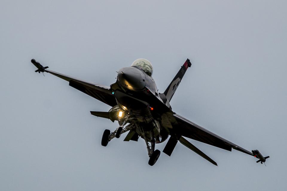Radom Airshow F-16 Solo Turk 2013