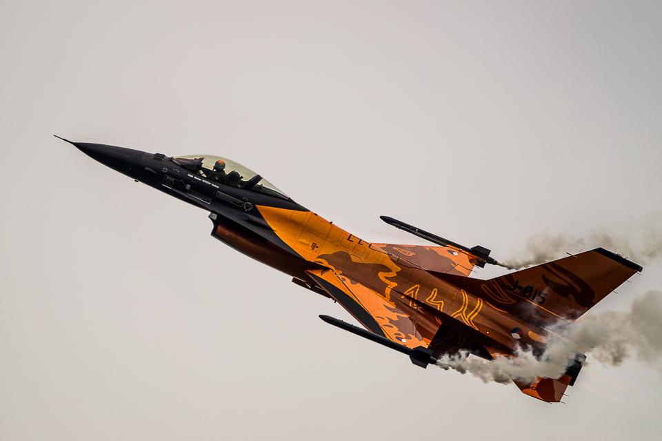 F-16 Demo Team NATO Days 2013 zdjęcia