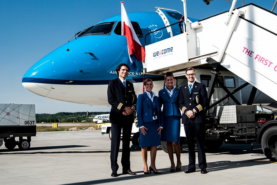 KLM Embraer 190 Krakow Airport PH-EZB