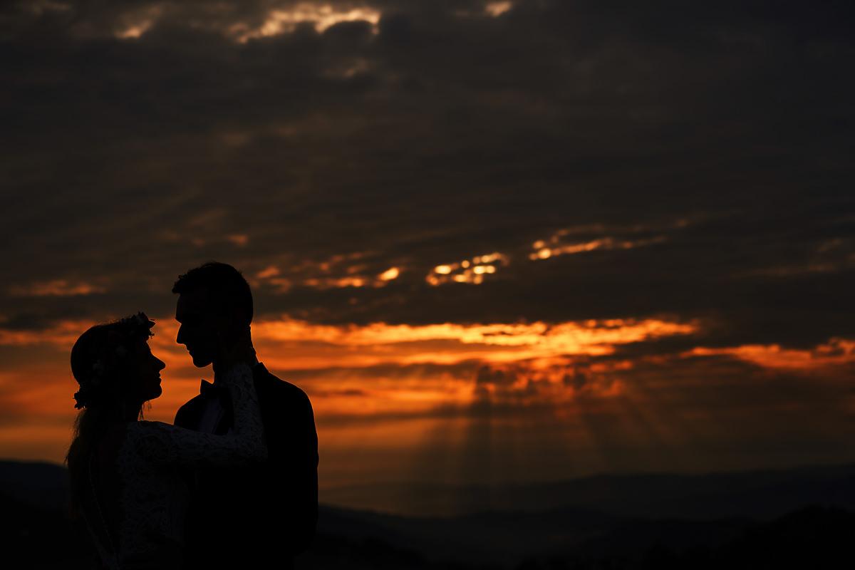 Plener w górach., plener w o wschodzie słońca, Fotograf na plener, plener ślubny