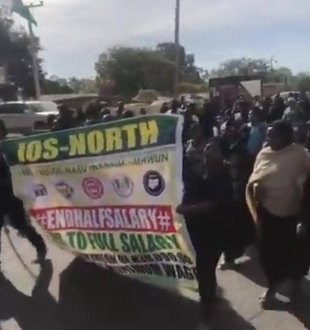 Plateau council workers defy Court Order to protest massively (4)