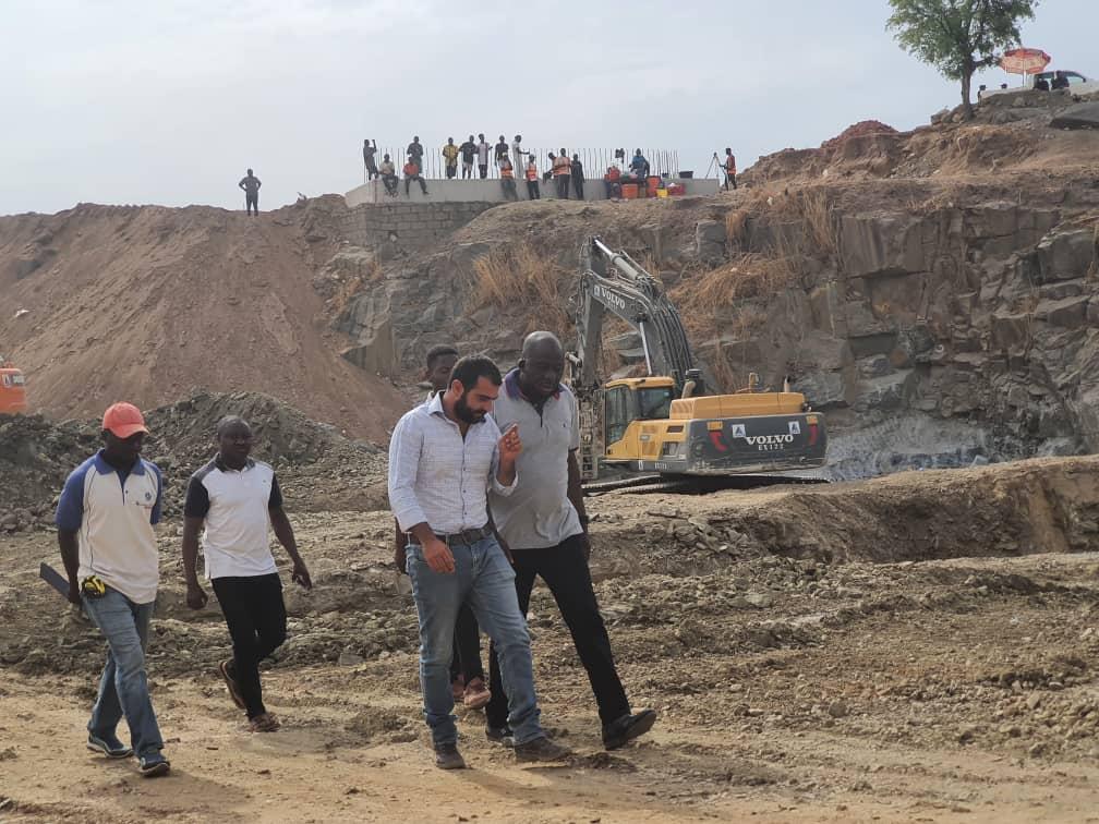 Engage indigenous suppliers artisans labourers Hon Donjur charges contractors 3