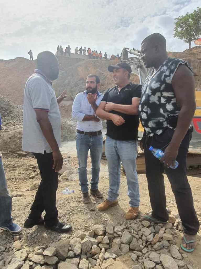 Engage indigenous suppliers artisans labourers Hon Donjur charges contractors