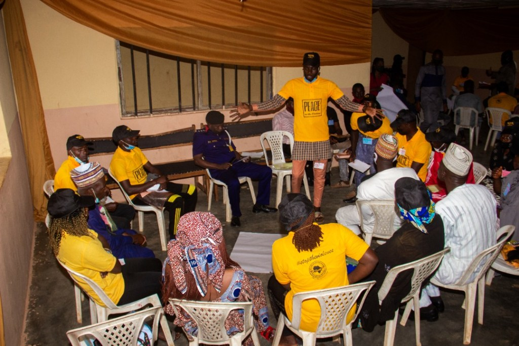 IGSR Organises Early Warning Seminar for 250 Youth Peace Ambassadors and Community Members in Plateau Central Senatorial Zone 11