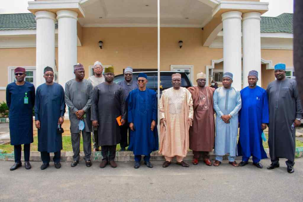KADUNA STATE GOVERNOR COMMISERATES WITH PLATEAU STATE GOVERNMENT 2