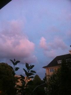 Wolken-Farben-Explosion am Himmel in Köln - 10-08-2014-7