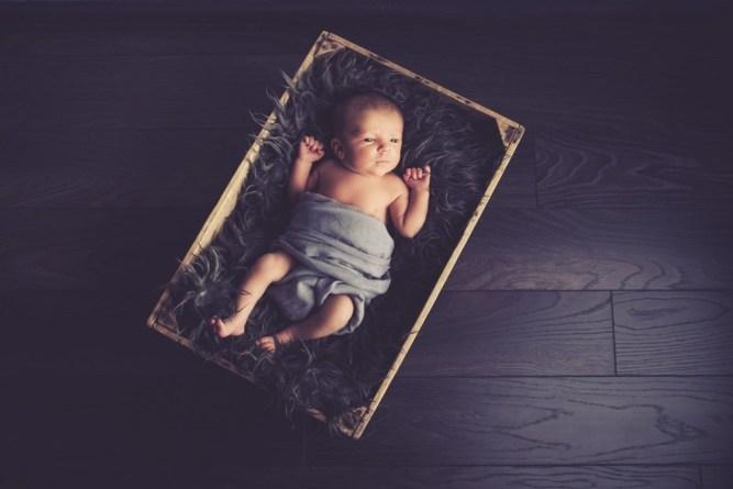 Photographe Nouveau né à Hettange Grande